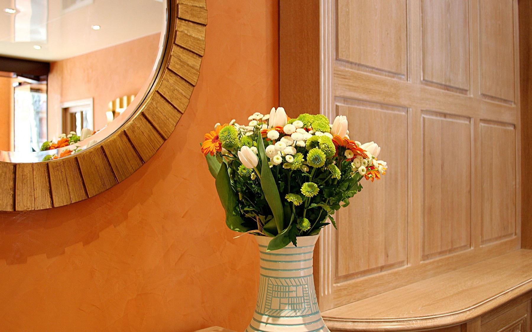 grand-hotel-dore-reception-lobby-04