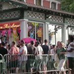 rosa-bonheur-restaurant-guinguette-parc-buttes-chaumont-paris-east-village-crowd