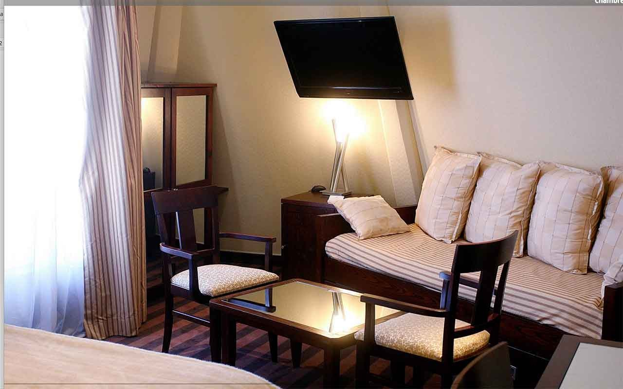 Listings Lodging Hotels Zone Voltaire And Around